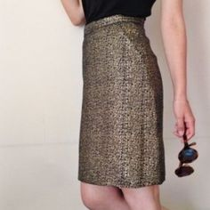 """Navy and gold metallic skirt Tucker for target size 7. 13.5"""" waist. 20.5"""" in length. Fully lined with navy satin lining. And it has pockets! Tucker Skirts"""