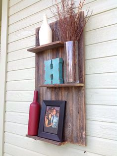 Reclaimed+wood+modern+wall+shelf+by+DelHutsonDesigns+on+Etsy,+$58.00