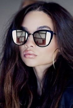 Women's Sunglasses 2019-2020 Trends: Eyewear for Your Face Shape