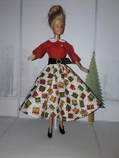 Barbie Christmas Day Christmas Barbie, Diy, Vintage, Style, Fashion, Swag, Moda, Bricolage, Fashion Styles