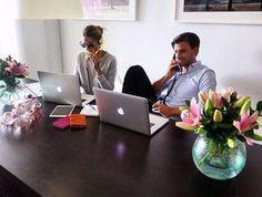 Nuestro futuro despacho compartido en una habitacion de nuestra casa