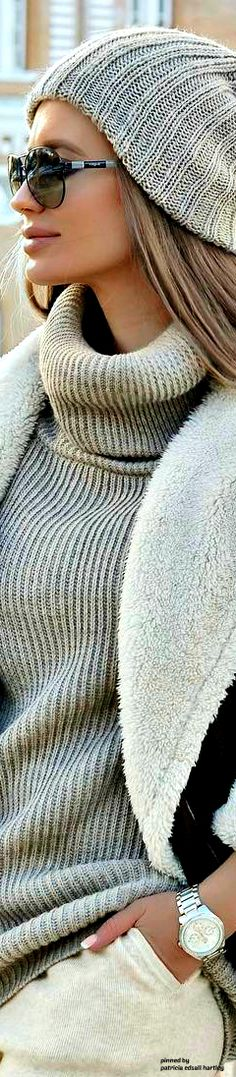 Knit Fashion, Sweater Fashion, Fashion Outfits, Womens Fashion, Fashion Trends, Casual Chic Style, Casual Street Style, Street Chic, Winter Chic