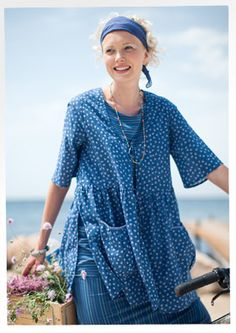 """Primula"" eco-cotton tunic – Blouses & waistcoats – GUDRUN SJÖDÉN – Webshop, mail order, & boutiques    Price $ 98 (customs duties included)"
