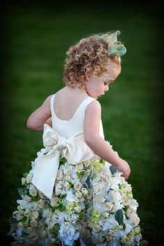 Flower girl dress, with real flowers. the flower idea is cute. but not real flowers :P Flower Girls, Robes Tutu, Rings For Girls, Real Flowers, Hair Flowers, Cut Flowers, Beautiful Flowers, Flower Dresses, Flower Skirt
