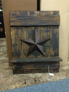 Rustic star... Where would I put something like this? Hmmm.... Maybe in the multi purpose room?