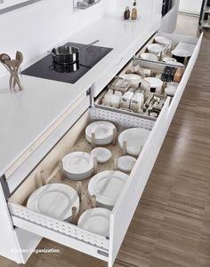 New Kitchen Organization Ideas - Diy Kitchen Ideas 2019 Apartment Kitchen, Home Decor Kitchen, Kitchen Interior, Kitchen Ideas, Cheap Kitchen, Kitchen Layout, Kitchen Hacks, Kitchen Inspiration, Kitchen Corner
