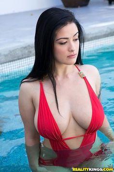 Babe today naturals porn pics hunter