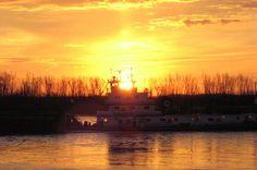 Barge on the Mississippi by Allen Gathman, via Flickr