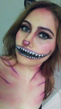 Cheshire Cat Makeup by Beverly Hemer Halloween Inspo, Halloween Looks, Cool Halloween Costumes, Halloween Town, Halloween Outfits, Easy Halloween, Halloween 2018, Cheshire Cat Makeup, Cheshire Cat Costume