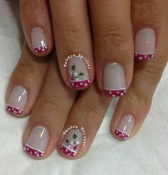 70 Trendy Spring Nail Designs are so perfect for this season Hope they can inspire you and read the article to get the gallery. Nail Designs Spring, Cool Nail Designs, Fingernails Painted, Golden Nails, Nail Polish Art, Polka Dot Nails, Fabulous Nails, Flower Nails, Easy Nail Art
