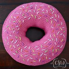 Donut Pillow - free across) crochet pattern by Christine Williams / Colorful Christine Crochet Food, Crochet Crafts, Yarn Crafts, Free Crochet, Knit Crochet, Diy Crafts, Crochet Cushions, Crochet Pillow, Yarn Projects