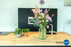 Home - Keukenpunt Stel, Was, Glass Vase, Home Decor, Decoration Home, Room Decor, Home Interior Design, Home Decoration, Interior Design
