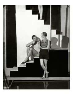 Vogue - July 1928 by George Hoyningen-Huené. Photographic Print from Art.com