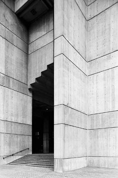 Boston City Hall, MA | Kallmann, McKinnell + Knowles with Campbell, Aldrich + Nulty, 1961-68 | Photo (c) Hagen Stier
