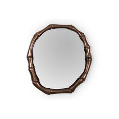 This copper ring of bamboo is the perfect wall mirror for your bathroom, since it brings integrity, elegance and simplicity. Key elements to the 2017 trends present  at the next edition of Maison Objet Paris.