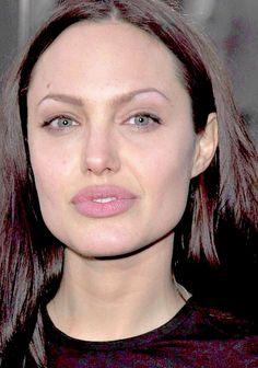 Angelina Jolie / Lara Croft Tomb Raider Premiere - 2001