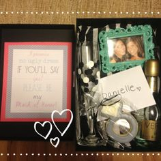 Will you be my bridesmaid/maid of honor boxes! :) love the idea of a cute little box with goodies inside :) Add nail polish and chocolate My Perfect Wedding, Cute Wedding Ideas, Gifts For Wedding Party, Our Wedding Day, Dream Wedding, Party Gifts, Wedding Stuff, Bridesmaids And Groomsmen, Wedding Bridesmaids