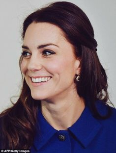 Catherine, Duchess of Cambridge arrives at the Anna Freud Centre in London, England. || 11.1.2017