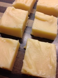In search for a great fudge recipe, this one definitely hit the spot on all fronts. The creaminess and smooth texture was definite. Candy Recipes, Baking Recipes, Snack Recipes, Dessert Recipes, Snacks, Desserts, Yummy Recipes, Vanilla Fudge Recipes, Pumpkin Spice Cupcakes