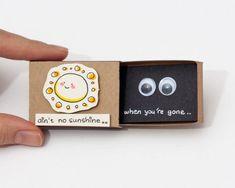 15 boîtes d'allumettes transformées en cartes de vœux avec des messages cachés | ipnoze