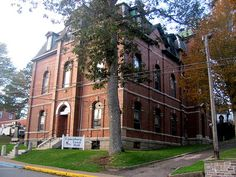On the show Haven, this is the police station. Show is filmed in beautiful Lunenburg! Lunenburg Nova Scotia, Movie Place, Police Station, Town Hall, Perfect Photo, How Beautiful, North America, Canada, Mansions