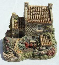 Runswick House based on The Thatched Cottage, Landsdown, Runswick Bay, TS13 5HU North #Yorkshire #Lilliput_Lane