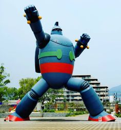 There's not just the #Gundam in #japan.  They have this #robot too.  Do you know who's this guy? . . . . #japanese #anime #manga #Kobe #giantrobot #animation #nerd #geek