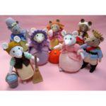 Cinderella Pantomice (Click to read more) Crochet Yarn, Crochet Hooks, Cinderella Mice, Fairy Dust, Knitting Needles, Pale Pink, Free Pattern, More, Teddy Bear