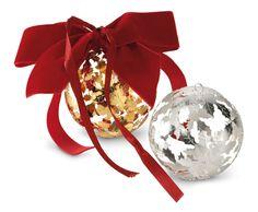 Pungitopo Chrstmas Ornaments Material: Silverplated Size: diam 8 cm  #greggio #silverlifestyle