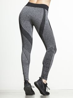 Just like London, these leggings are a total classic. The demure color scheme is one thing, but the real highlight is the moderate compression fabric that's designed to allow your legs to breathe while still maintaining a skinny fit and feel that's stylish enough to wear out but performs exceptionally well under pressure.