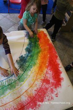 art for kids Lets Make a Rainbow Together by Teach Preschool - rainbow art - preschool collaborative art projects Preschool Weather, Preschool Colors, Preschool Classroom, Preschool Activities, Teach Preschool, Preschool Art Projects, Collaborative Art Projects For Kids, Kindergarten Art, Color Activities