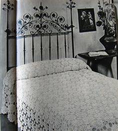 Diy Crochet And Knitting, Vintage Knitting, Vintage Crochet, Crochet Bedspread Pattern, Crochet Patterns, Crochet Borders, Crochet Tablecloth, Afghan Blanket, Design Crafts