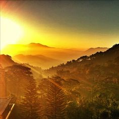 Awesome sunrise at Baguio, Philippines! Photos by Teddy of Rocksteddy