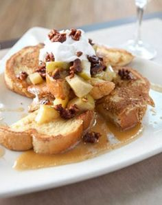 Pear & Vanilla French Toast Bake #brunch #breakfast #egglandsbest #recipe