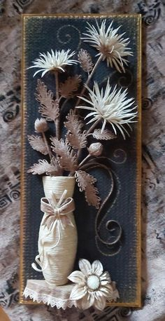 Burlap Flowers, Beaded Flowers, Diy Flowers, Diy Bottle, Bottle Crafts, Hobbies And Crafts, Diy And Crafts, Bobbin Lacemaking, Jute Crafts