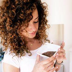 DOMOWE & NATURALNE PEELINGI DO CIAŁA, TWARZY I UST | CURLY MADELEINE czyli jak pokochać kręcone włosy?