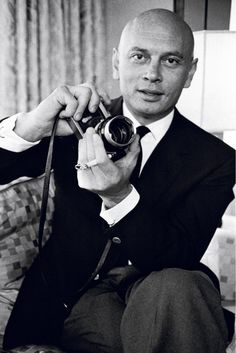 Yul-Brynner-was-an-avid-amateur-photographer.-His-daughter-Victoria-put-together-two-collections-of-his-photos-titled-Yul-Brynner-Photographer-and-Yul-Brynner-A-Photographic-Journey. Vintage Hollywood, Hollywood Glamour, Hollywood Stars, Classic Hollywood, Yul Brynner, Grace Kelly, Katharine Hepburn, Audrey Hepburn, Blue Ivy