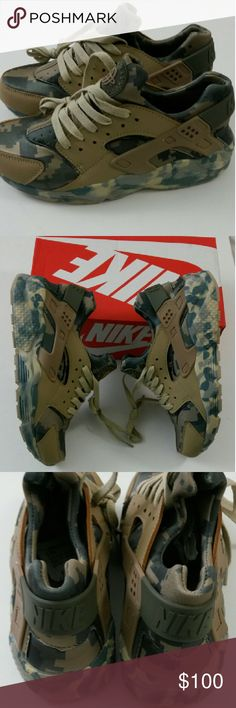 Nike Women's Huarache Camo Size 8.5 Brand new never worn Huarache comes with the box! Nike Shoes Athletic Shoes