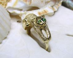 14k 3D Cat Ring with Emerald Eyes 4.28 grams Size 7.25 - pinned by pin4etsy.com
