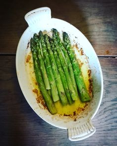 Discover recipes, home ideas, style inspiration and other ideas to try. Asparagus Bacon, Asparagus Pasta, Asparagus Recipe, Risotto Pressure Cooker, Pressure Cooker Chicken, Veggie Recipes, Vegetarian Recipes, Healthy Recipes, Bacon Recipes