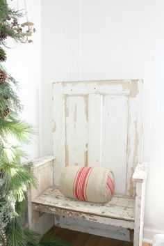 DIY :: Bench out of an old door