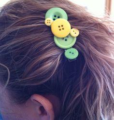 Super cute button hair clip!