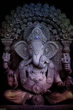 Lord Ganesha is one of the most popular Hindu deity. Here are top Lord Ganesha images, photos, HD wallpapers for your desktop and mobile devices. Ganesha Pictures, Ganesh Images, Ganesha Tattoo, Ganesha Art, Indian Gods, Indian Art, Motion Images, Image In Motion, Ganesh Lord