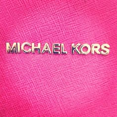 Fierce and fuchsia #MK Apple Watch, Bolsas Michael Kors, Michael Kors Bag,