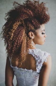 That hair!!! Frohawk #officiallynatural #naturalhair