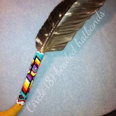 Skull Painting, Feather Painting, Native Beadwork, Native American Beadwork, American Indian Crafts, Beaded Hat Bands, Beading Patterns, Beading Ideas, Eagle Feathers