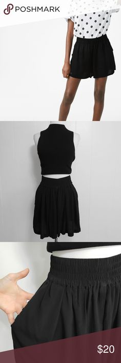 8b02f600f02 ZARA Black Flowy Pocketed High Waisted Shorts Excellent Condition Size  Extra Small. Stretchy fit.