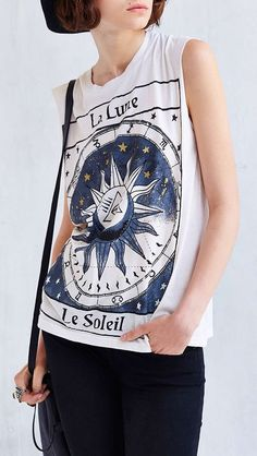 White Sleeveless La Lune Print Tank Top//