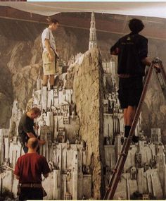 Minas Tirith miniature set (still can't wrap my mind around how incredible this looks on screen)