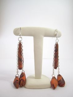 Longues boucles d'oreille fantaisie orange / marron : Boucles d'oreille par mix-mania_ ________________ Earring clay polymer